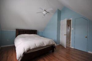 Belle chambre dans maison ensoleillée - tout inclus
