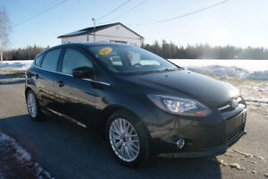 2013 Ford fusion Titanium Hatchback !! LOADED WITH ALL OPTIONS !