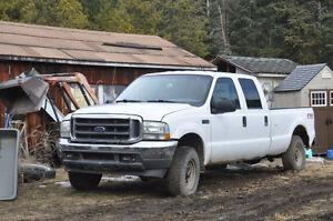 2004 Ford F-350 crewcab 4x4 Pickup Truck