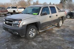 2005 Chevrolet Avalanche LS SUV, Crossover