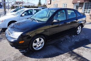 2007 Ford Focus SES *CUIR*TOIT*MAGS NEGOCIABLE