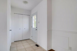 Beautiful property, freshly painted, beautiful sizes of rooms. Gatineau Ottawa / Gatineau Area image 3