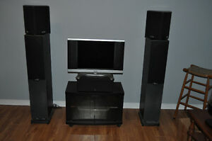Polk surround set of speakers