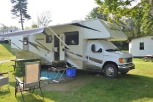 2007 Dutchman 31 Foot Motorhome