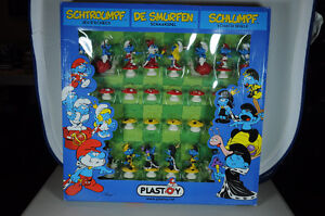 Smurfs Chess Set.