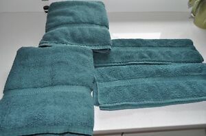 Towels in like new condition - Good quality cotton