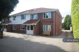 2 bedroom flat in Winchester Road, Four Marks, GU34 (2 bed)