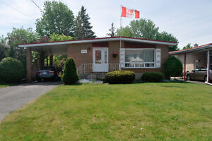 208 LEMAY ST CORNWALL ON