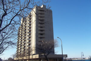 2 BEDROOM CONDO IN THE REVITALIZED DOWNTOWN CORE!