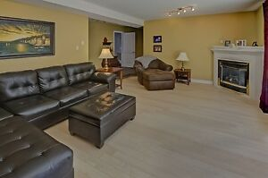 Rare Opportunity, Quiet, Spacious, Executive Paradise Retreat London Ontario image 2
