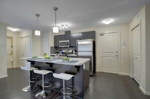 Beautiful 2 Bed, 2 Bath, 2 Parking stall condo in Windermere!!!