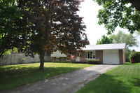 Beautifully renovated, north end Brockville home