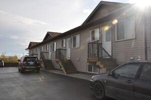 3 Bedroom Town House UTILITIES INCLUDED