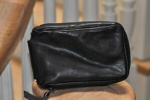 Leica leather camera case - black - lined - very good condition Cambridge Kitchener Area image 3