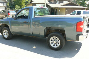2011 Chevrolet Silverado 1500 WT Pickup Truck short box