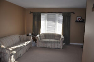 Looking for Female Roommate - Close to Cambrian