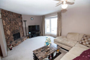 4 bedroom town home, priced to sell 189k