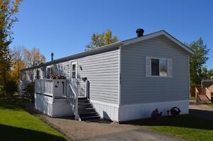 WELL CARED FOR HOME IN LACOMBE