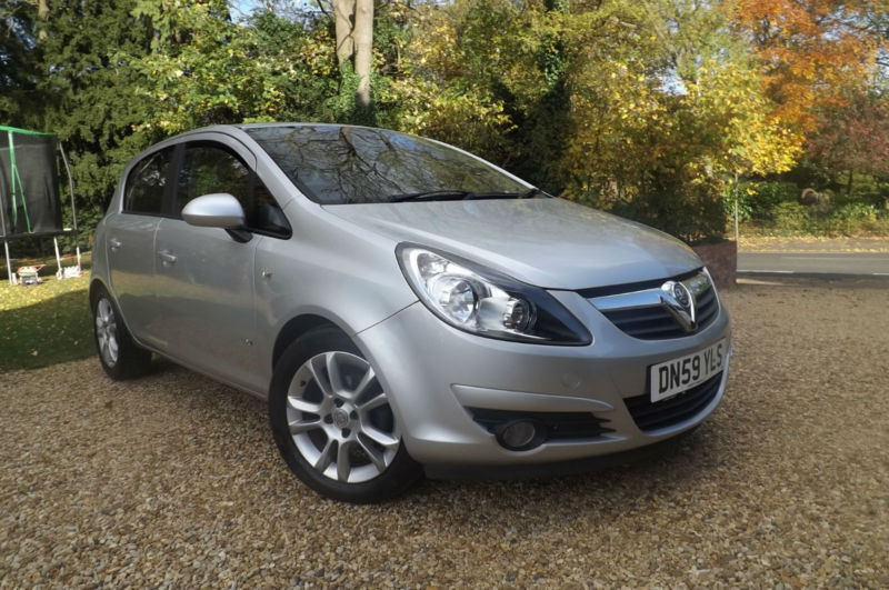 2010 59 Vauxhall Corsa 1.4i 16v SXi 5dr 67K LOW MILES FVSH CHEAP TAX BAND 55 MPG