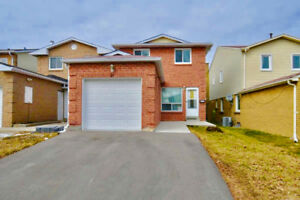 【Warden/McNicoll】 Beautiful Detached 2 storey 3+1 Beds 4 Baths