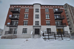 CSL condo This 1BR  unit with outdoor parking.