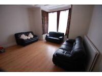 Large Double & Single in Shared House - Hendon NW4 3HE