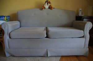 Love seat / sofa bed