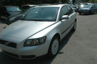 """""""2006 volvo s40 CERTIFIED & E-TESTED."""