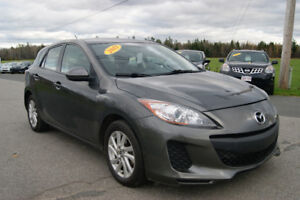 2013 Mazda Mazda3 gx hatchback Hatchback LOADED