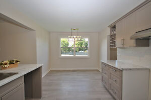 Pretty Renovated Bungalow For Sale in Desirable Neighbourhood Kingston Kingston Area image 5