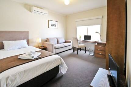 NICEST SHAREHOUSE IN MELB - SINGLE FURNISHED ROOM ALL BILLS INC