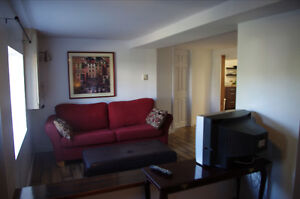 SUPER STUDENT SUITE - $500 SUMMER RATE MAY 1ST - AUG 31ST