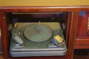 1950 Philco Radio Record Player