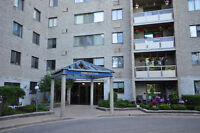 Guelph Condo - Two Bedrooms at the Top Floor of Parkview East