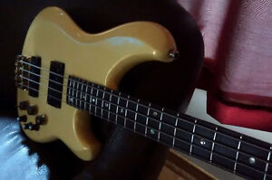 Bass Ibanez 924, 1980's to trade for Bass amp HD.