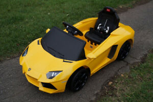 SALE NEVER EVER ! BNIB Licenced Lamborghini RC kids ride on cars