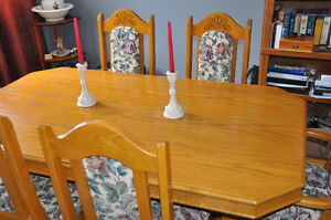 Brilliant Dining Room Table  and Chairs