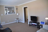Fantastic 3 bedroom apartment in Newmarket- Available Oct 1st