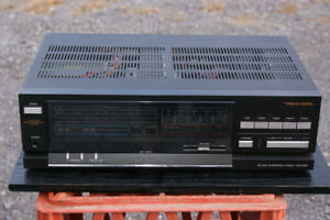 Realistic SA-1000 Integrated Amplifier