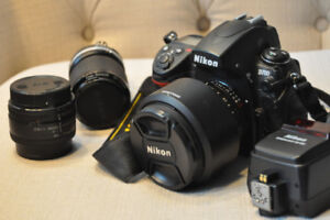 Mint Nikon D700 body and package