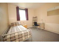 Single room - student flat v close to Ed Coll/Napier/HW