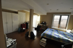 4 MONTHS LEASES accommodated -May 01-August 31, 2017 Student Cambridge Kitchener Area image 6