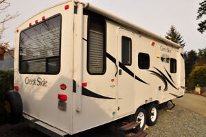 2011 CREEKSIDE OUTDOORS RV 20FQ Trailer