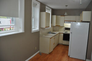 Winchester, bachelor unit, Heat, water & appliances included