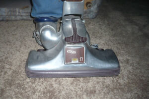 Kirby Classic Vacuum Cleaner