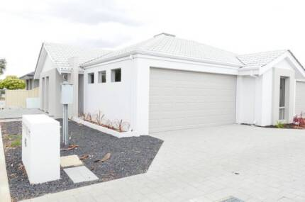 1 WEEK FREE RENT* - SUPERB LOCATION BRAND NEW MODERN HOME