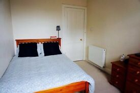 Bright En Suite Double Room near Clapham and Brixton