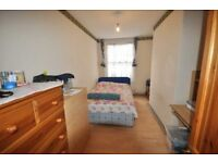 ***Perfect for Students*** Very Nice & Cheap 3 Bedroom Flat!