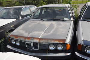 V BMW E23 735I MARCH 1986 M30 6 Cyl Auto Blue Parts 0978086
