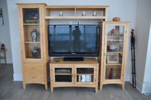 Furniture- wall unit | Bookcases & Shelving Units | City of Toronto ...